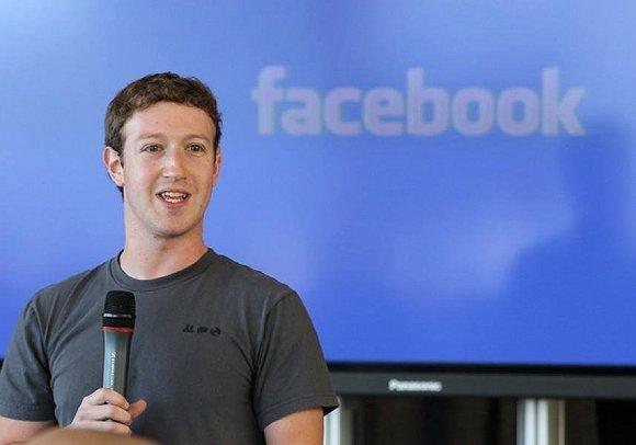 马克·扎克伯格的脸书第一次实现盈利并有了3亿用户